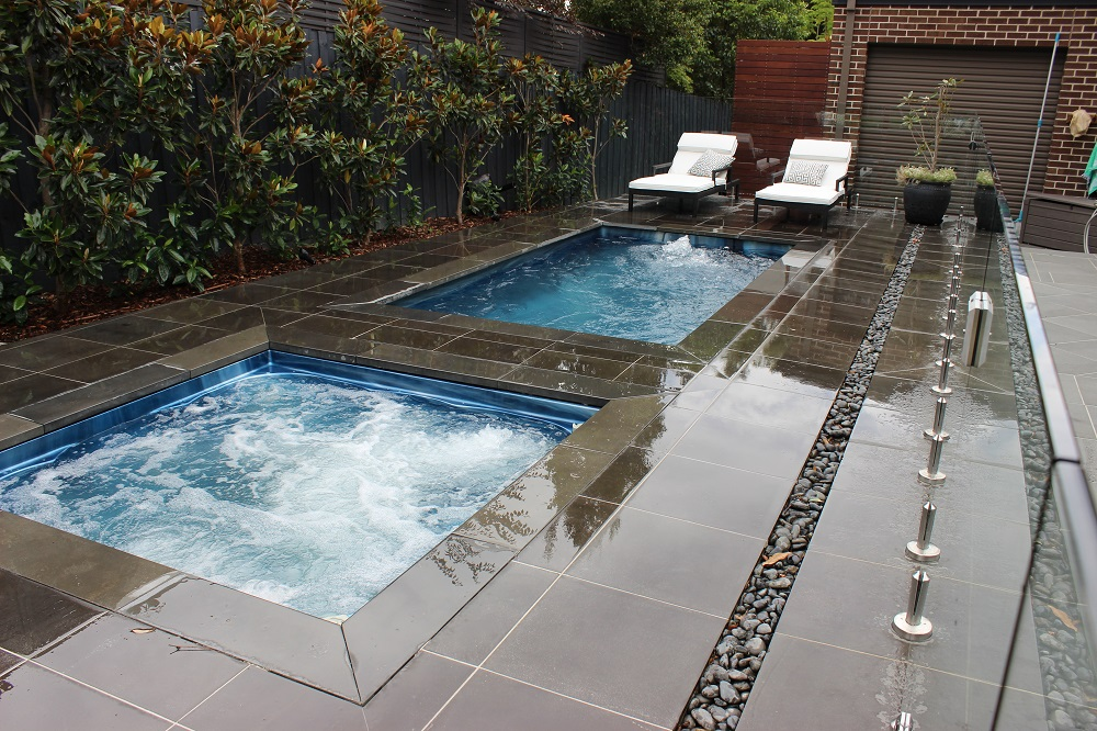 Dual Zone Sabre Pool And Spa Combo Endless Spas